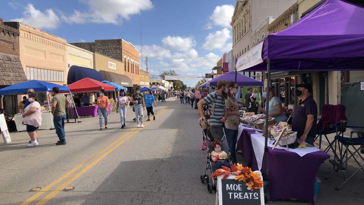 Belton residents were able to enjoy Belton Market Days Saturday with many local vendors, food...