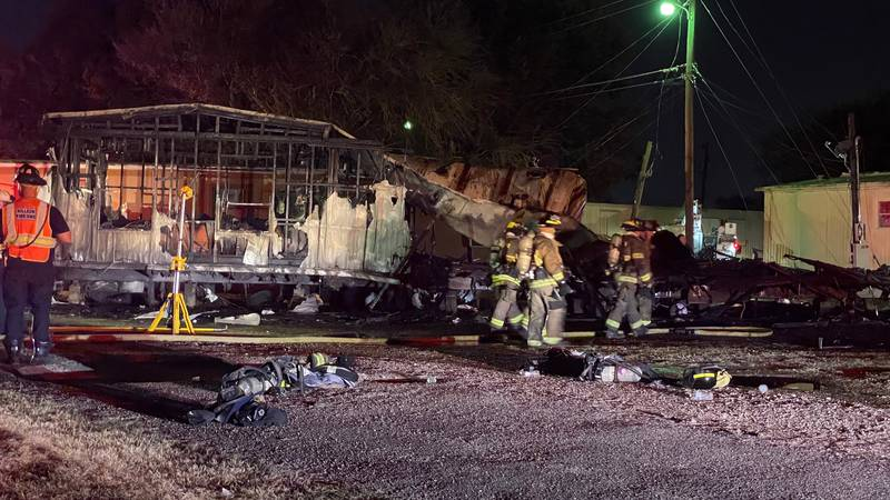 A fire destroyed a modular home in Killeen Wednesday night.