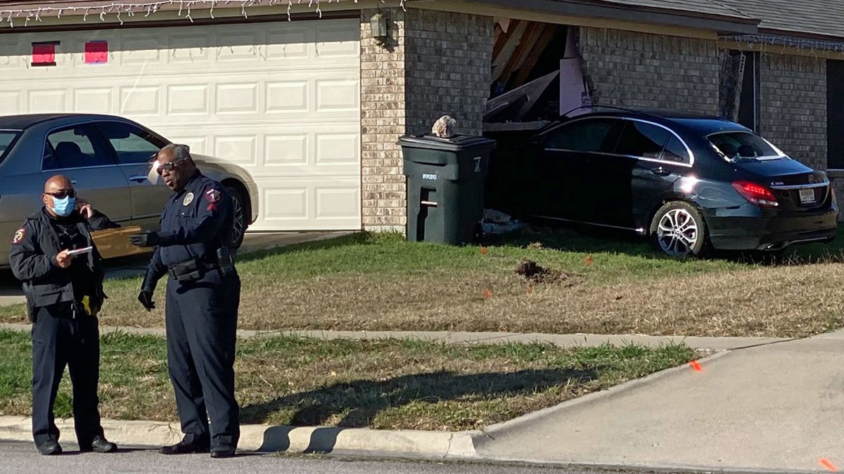 An early-morning police chase ended abruptly Thursday when a shooting suspect's stolen car...