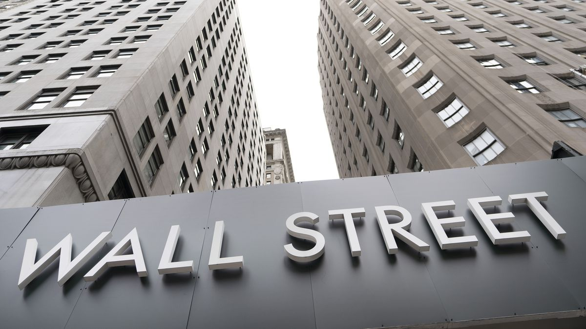 Stock indexes are closing lower on Wall Street after a getting a brief boost Wednesday from the Federal Reserve's decision to leave interest rates unchanged at nearly zero. (AP/file)