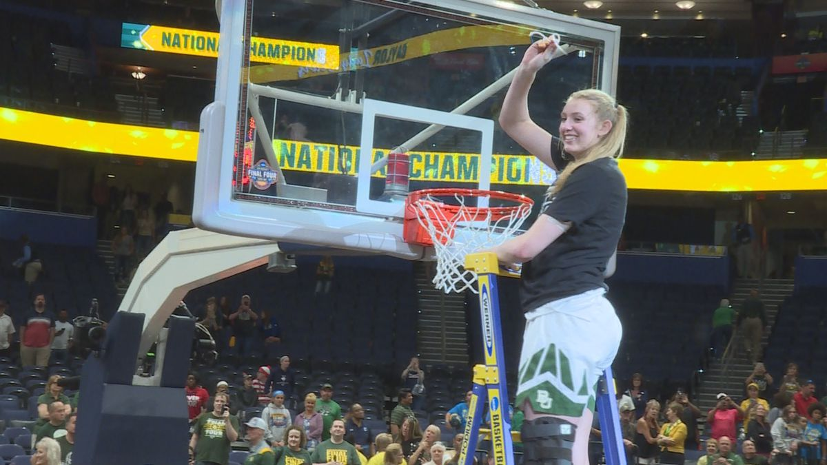 Three-time Baylor All American Lauren Cox has tested positive for COVID-19 and is waiting for clearance to play in her first WNBA game. (File)