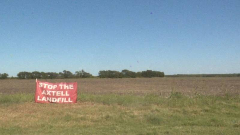 A resident of Axtell, Texas erected a sign to demonstrate opposition to the proposed landfill.