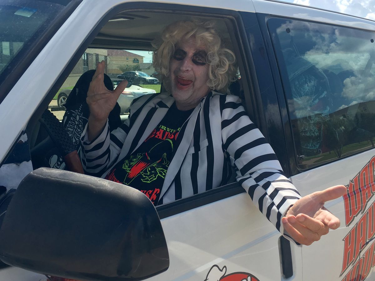 Local Beetlejuice Scared For His Life Amid Clown Scare