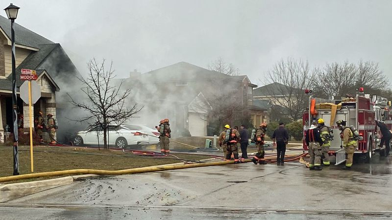 Killeen firefighters braved falling temperatures late Wednesday afternoon to battle a house fire.