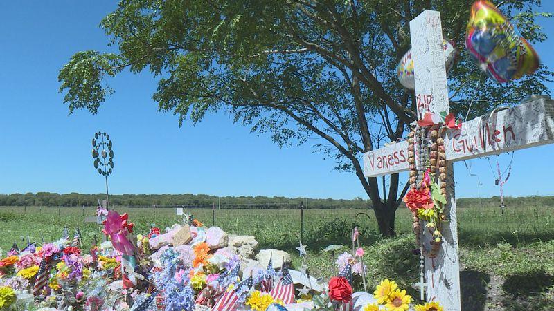 Community celebrates 21st birthday of slain soldier