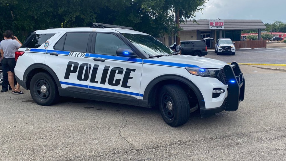 Police officers found the shooting victim lying in the front parking lot of Mr. Greek Grill and...