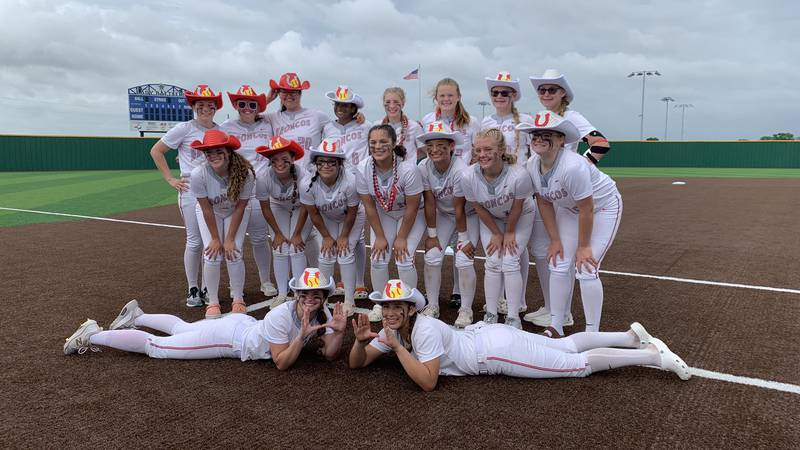 Lake Belton Softball players celebrate after earning a spot in the Regional Finals