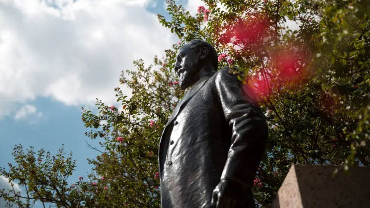 """The presence of the Lawrence Sullivan """"Sul"""" Ross statue on campus has become a symbol of lingering systemic racism at Texas A&M for some students and faculty. Photo credit: Shelby Knowles for The Texas Tribune"""