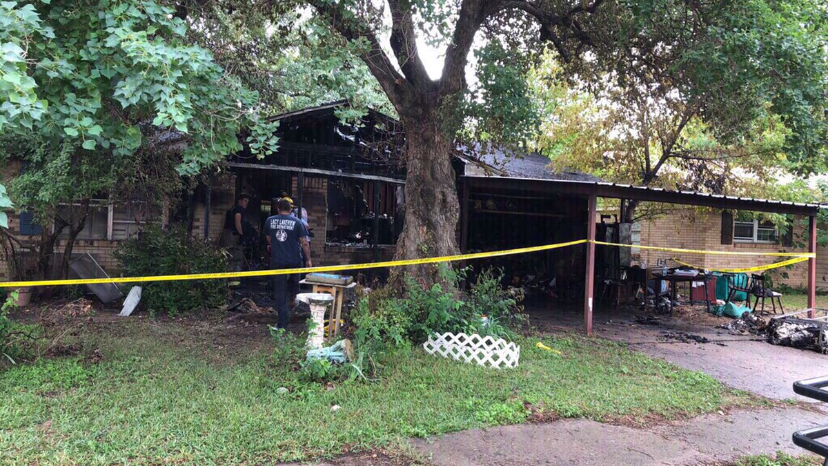 Lacy Lakeview woman dies in house fire.