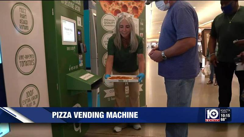 Pizza vending machine at Fort Hood