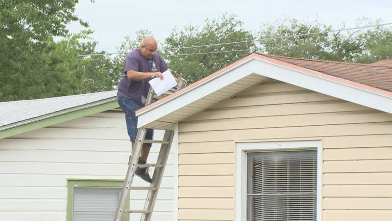 A local contractor is donating his time to help a veteran with a new roof.