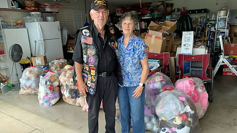 Russ Coburn, 80, and his wife, Ann, 79, passed out their first batch of a dozen teddy bears...