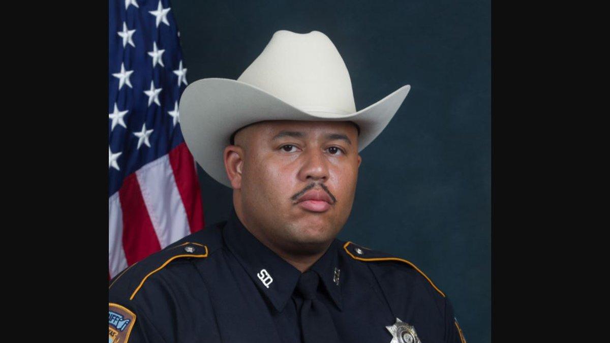 Coronavirus Claims Life of Longtime Texas Sheriff's Deputy
