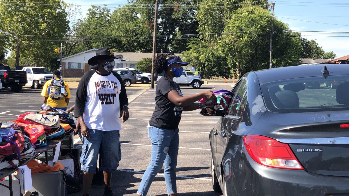 The NAACP branch in Killeen celebrated its 50th anniversary on Saturday by giving away more than 1,000 backpacks with school supplies to families.