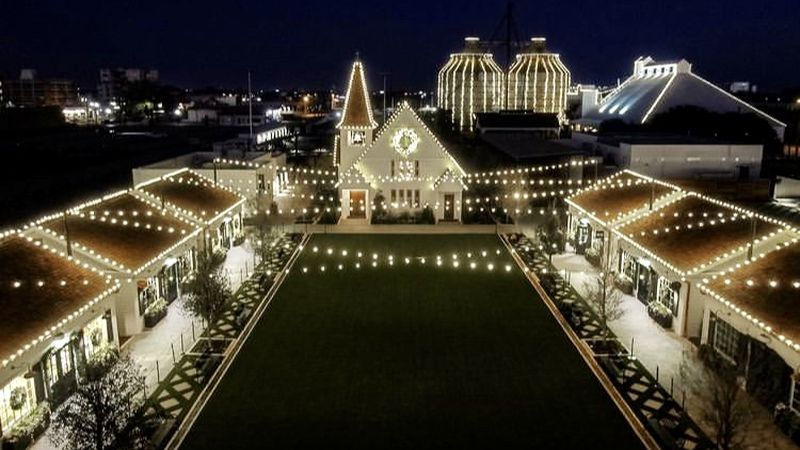It took an estimated 500,000 lights to decorate the Magnolia complex for Christmas 2020.