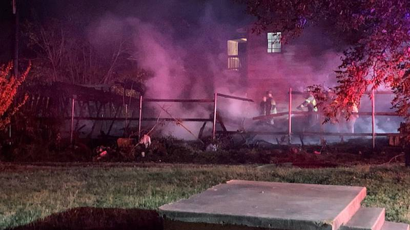 Crews responded to an early morning fire at a garage in Waco.