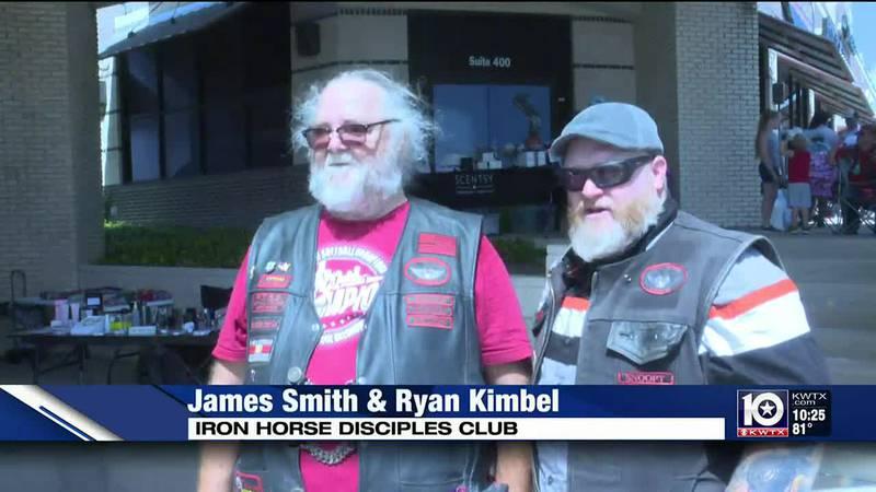 Motorcycle club helps homeless