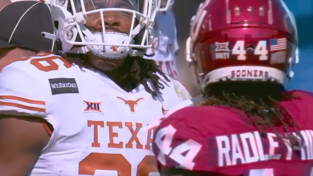 The Southeastern Conference voted Thursday to invite Texas and Oklahoma to join the league,...