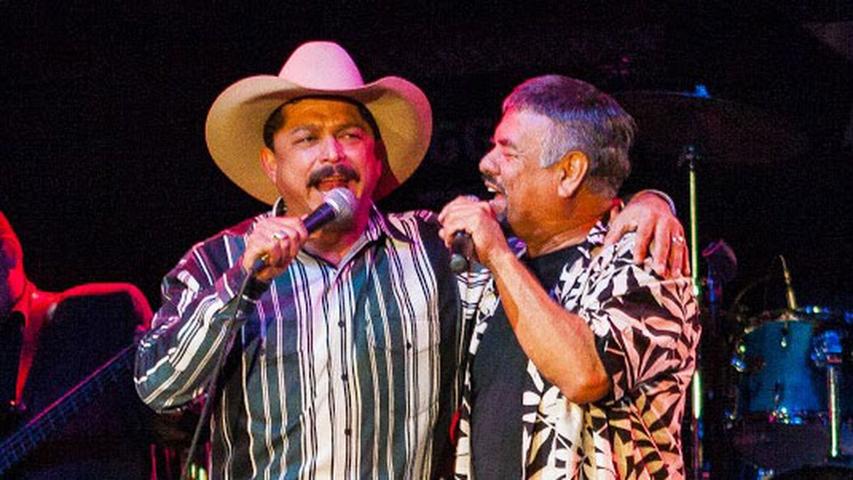 Little Joe Hernandez (right) and Emilio Navaira (left) together on stage at the 2007 Tex Mex Fest at Billy Bob's in Fort Worth. (Photo courtesy of Lefty Ray)